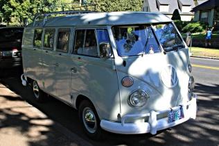 Split Window Bus