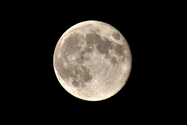 August 23, 2013 - Experimental Full Moon Shot