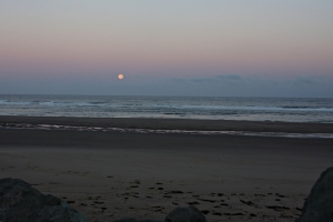 August 31, 2012 - Moonset at Rockaway Beach