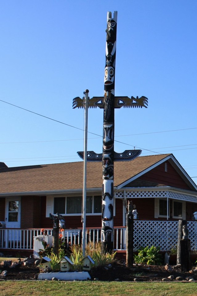 August 17, 2014 - Totem Pole House